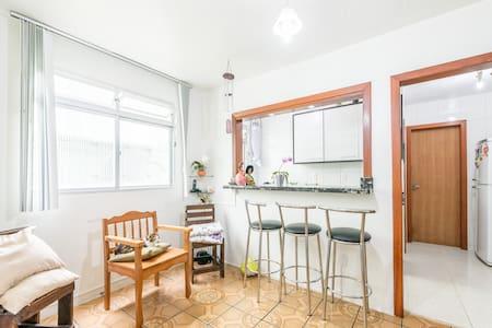 Quarto para 2 São José/Florianópolis - São José - Apartment
