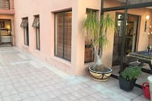 2 bedroom ground floor flat 200 mtr from the beach