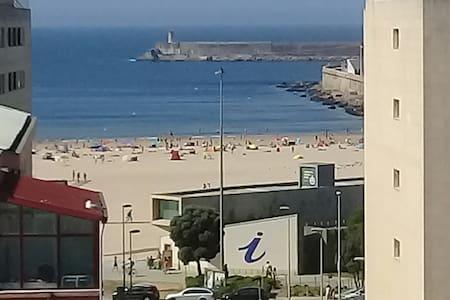 Matosinhos Sul:tiene vista playa,tres dormitorios!