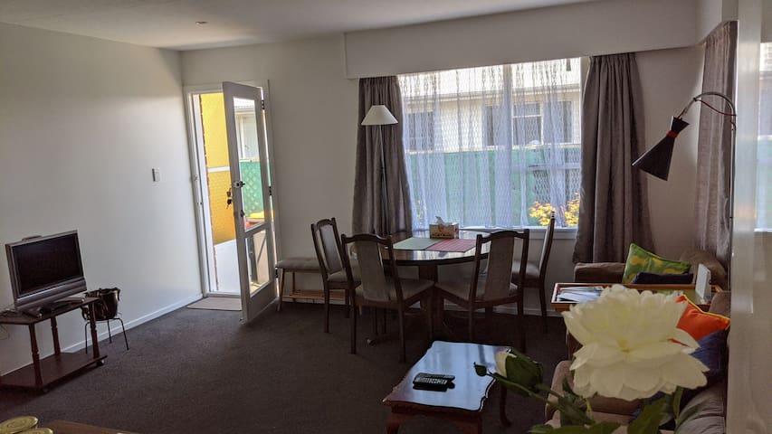 Central Christchurch Getaway