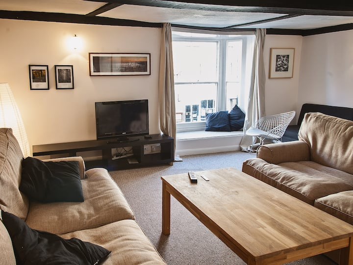 Gallery Apartment (W43551)