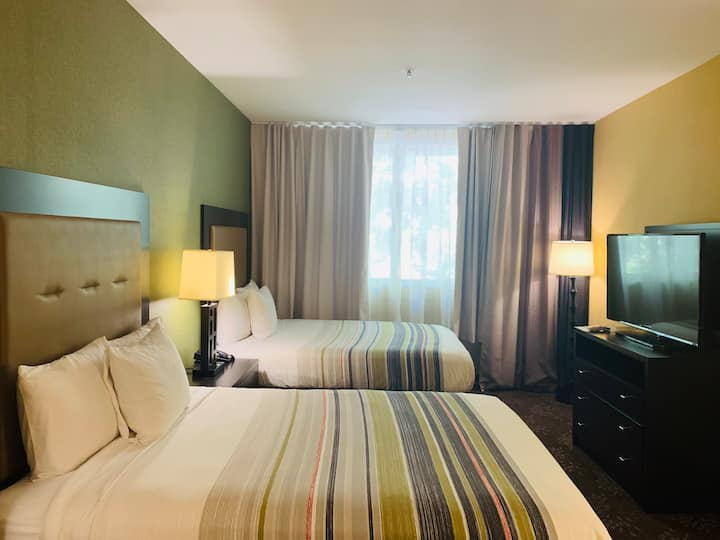 Downtown San Jose/ Two Queen Beds Room