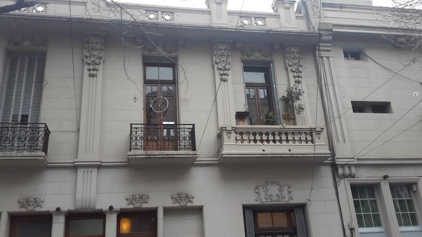 Habitación para 1 o 2 personas en pleno Palermo