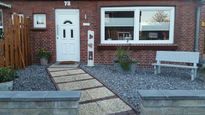 Ferienhaus Daisy mit Terrasse im schönen Voslapp