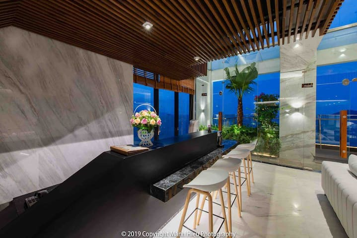 Sky Rooftop villa Panoramic ocean view - central