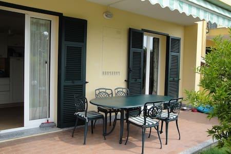 Appartamento in villa bifamigliare - Loano