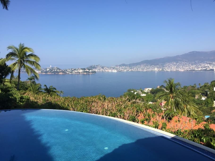 Legendary view of the Acapulco Bay.