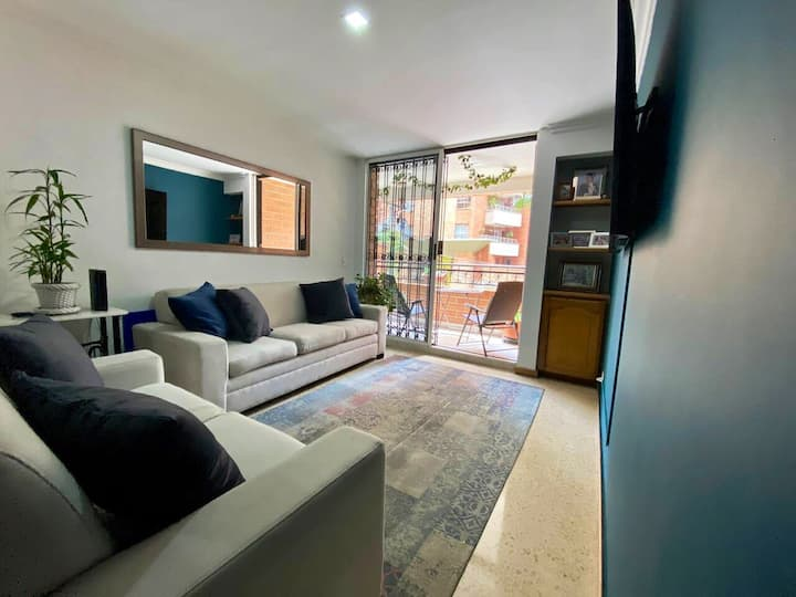 Really Nice Apartment With Private Patio @Laureles