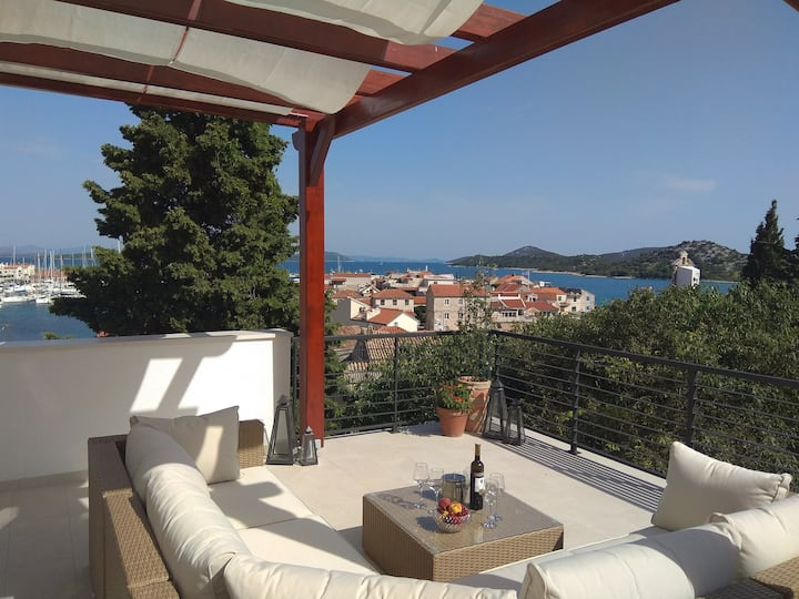 Holiday home Desire with seaview