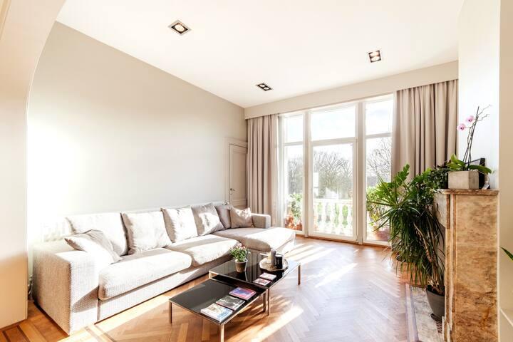 Luxurious Authentic Apartment