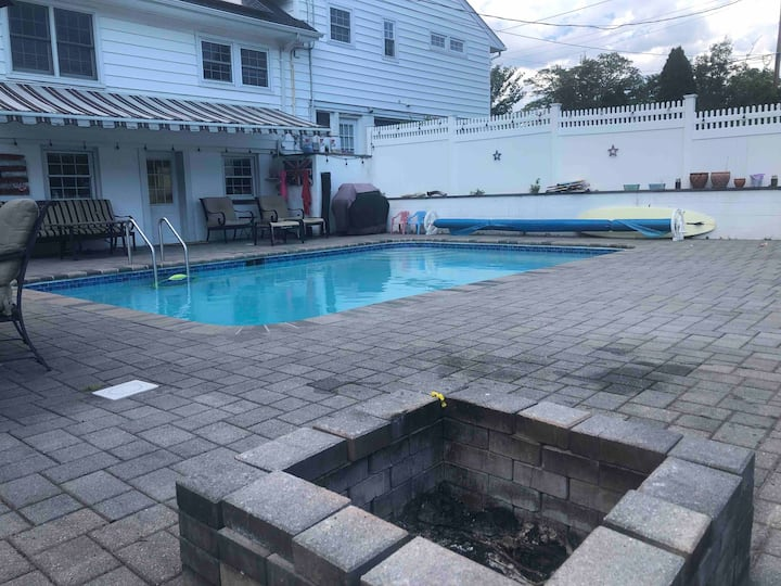 Bethpage Golf Course, In Ground Pool and Hottub,