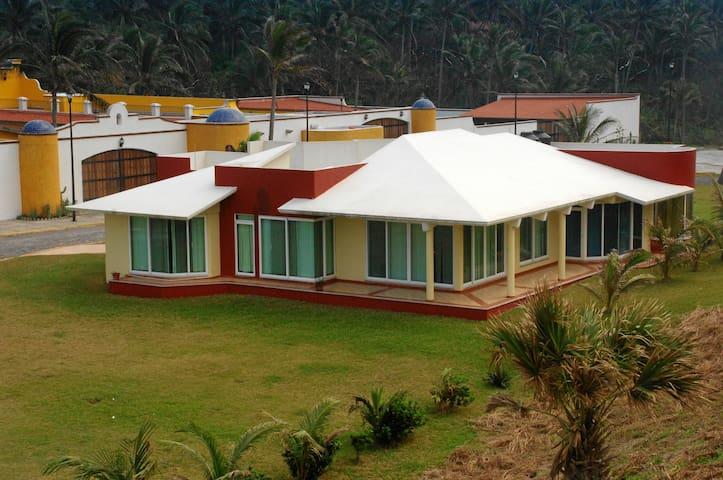 Casa en Verasur, Veracruz, Mexico - Heroica Veracruz - Dom