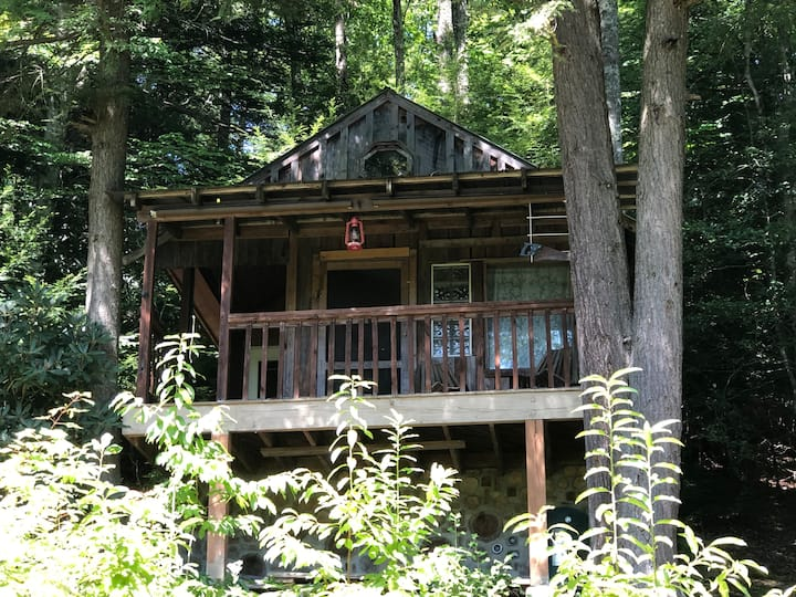 Anglins Creek Outpost.  Private Camping/Cabin