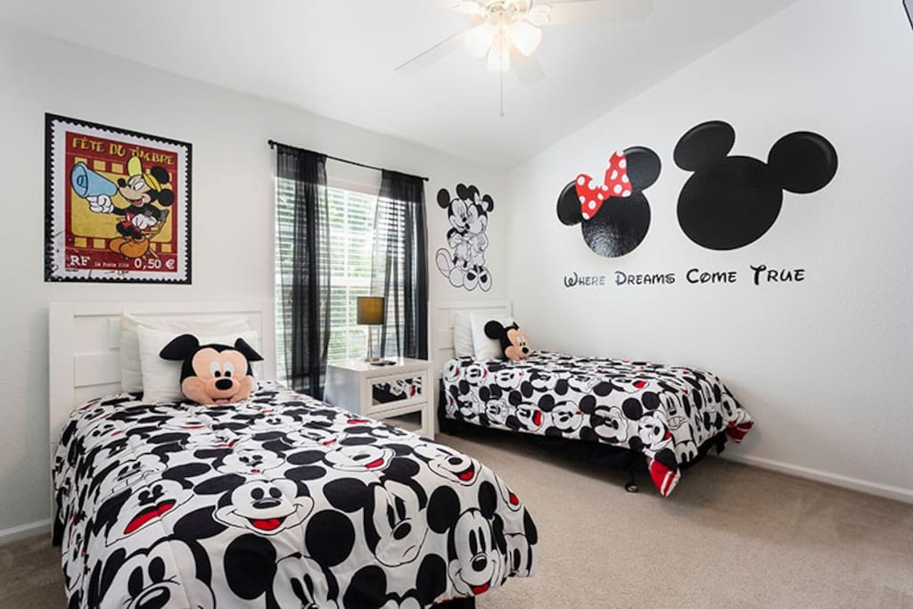 The kids will love their bedroom with two twin beds