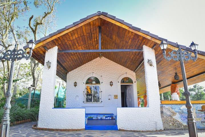 s farm house