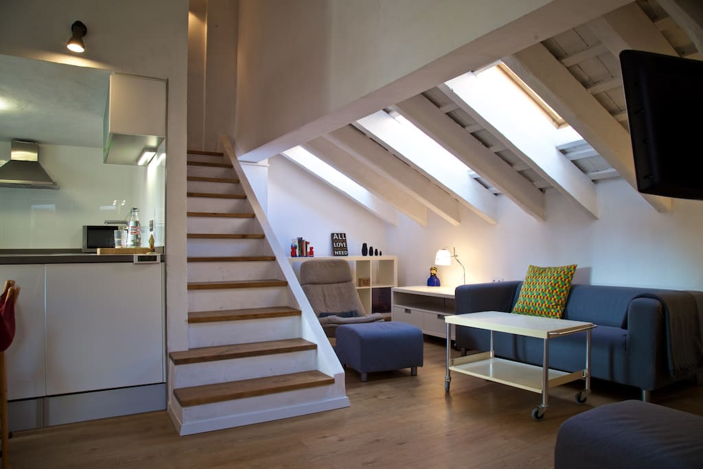 new loft in the center appartements louer val ncia comunidad valenciana espagne. Black Bedroom Furniture Sets. Home Design Ideas