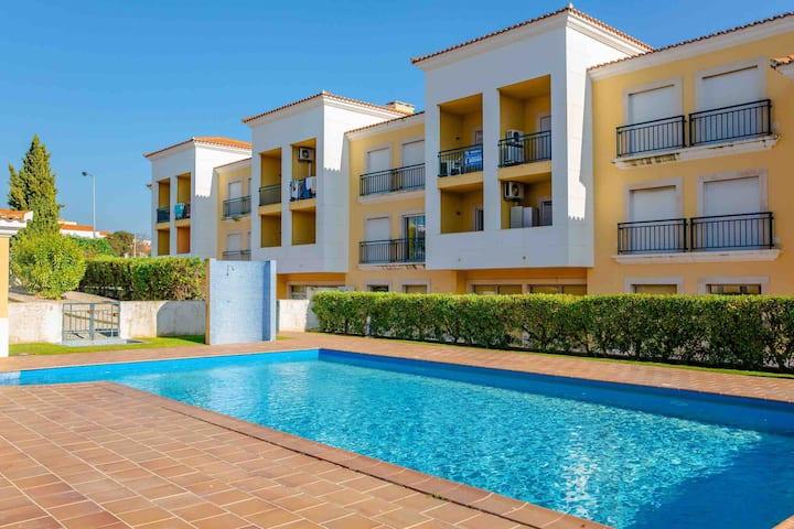 1 Bedroom Flat with pool - Algarve