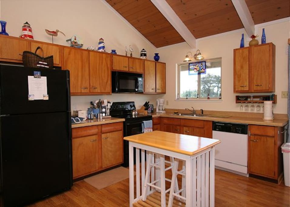 Fully equipped kitchen with BBQ on the back deck.