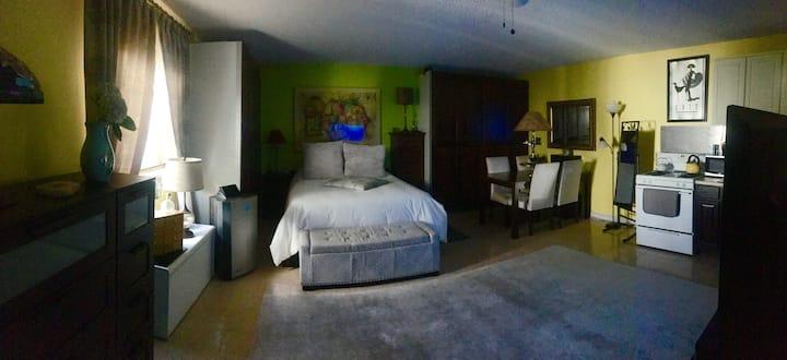 Cozy Studio Apartment In Santa Monica