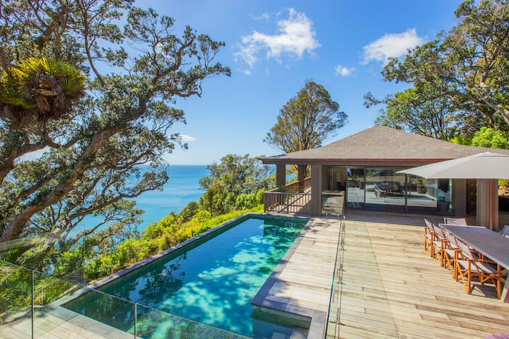 Luxury Ti Point home with private beach