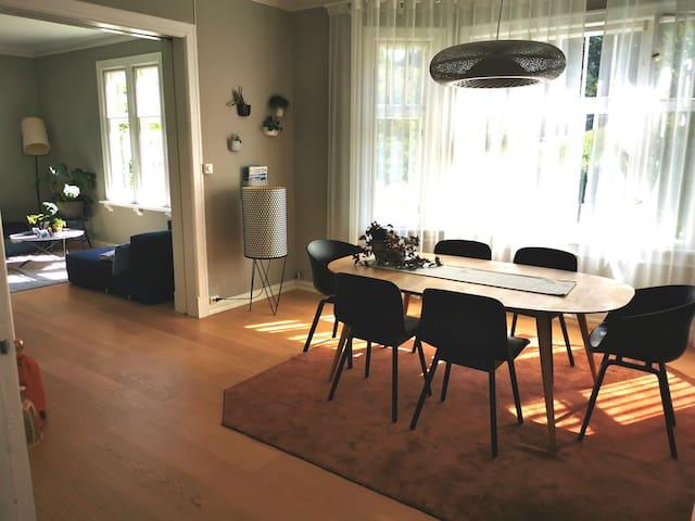 Nice double bedroom in Singsaker
