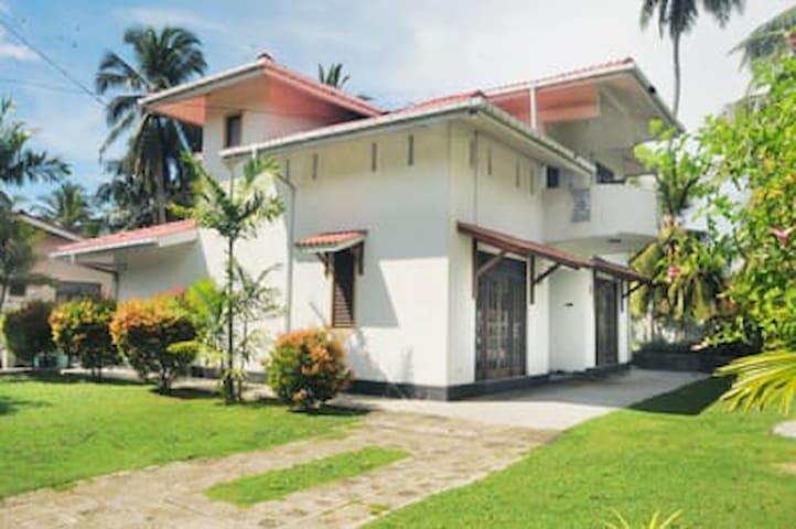Shanthi Villa Homestay Ambalangoda