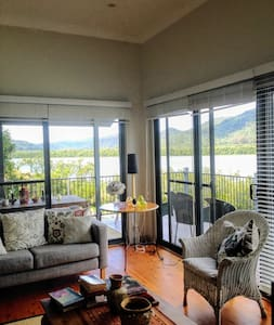 River Retreat House on Hawkesbury River - Spencer - บ้าน