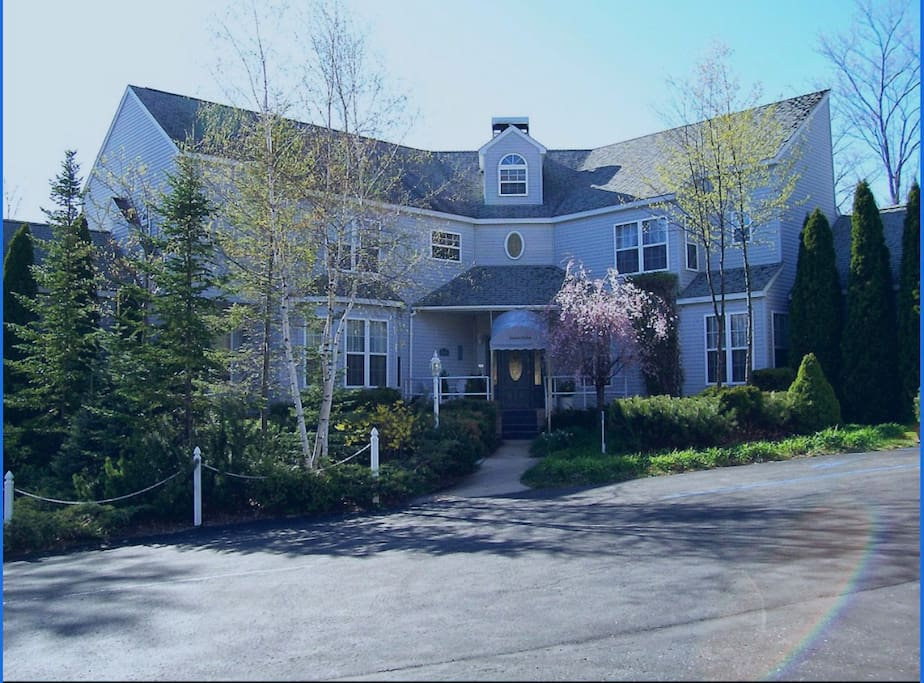 Our main house.  Beautiful Bed  & Breakfast