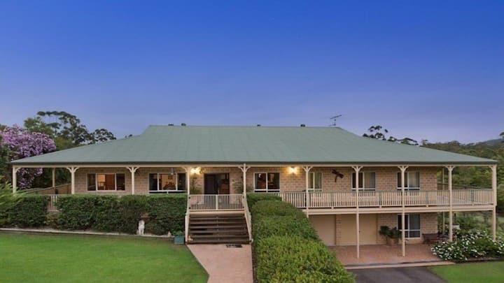 Sunshine Coast Hinterland. Private Bedrooms. Pool