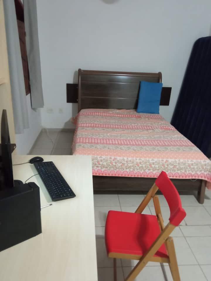 quarto confortavel