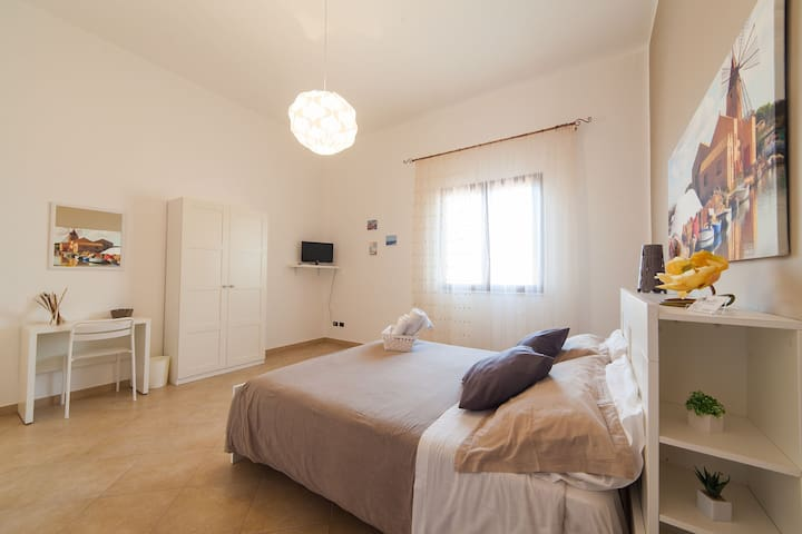 BiancoSale beige vicino Aeroporto Trapani - Rilievo - Bed & Breakfast