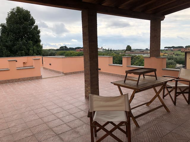 Apartment and Terrace of Villa Kroma near Rome