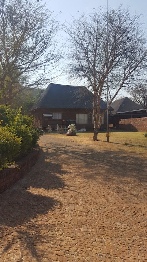 Bushveld break, awake with birds of paradise