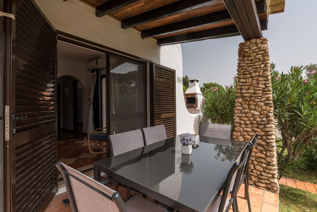 2 Bedroom Villa with private garden, balcony and terrace