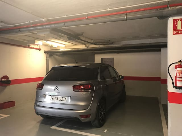 Plaza de garage #1