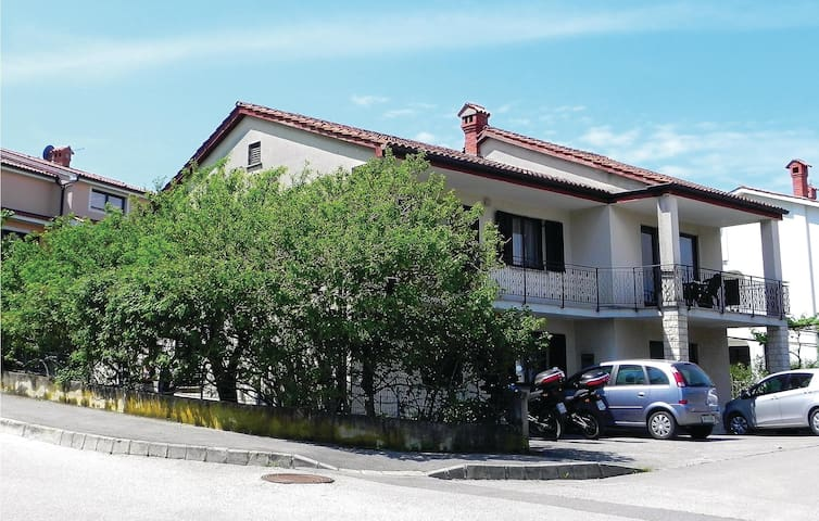 Holiday apartment with 3 bedrooms on 90m² in Izola