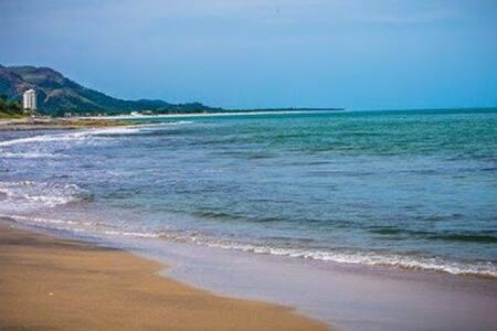 Private Home near Beach with private POOL+ JACUZZI - Playa Coronado - Dům
