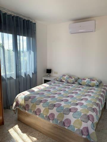 Chambre principale avec lit en 160X200