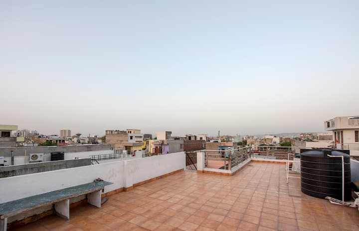 Comfortable home stay in Jaipur.