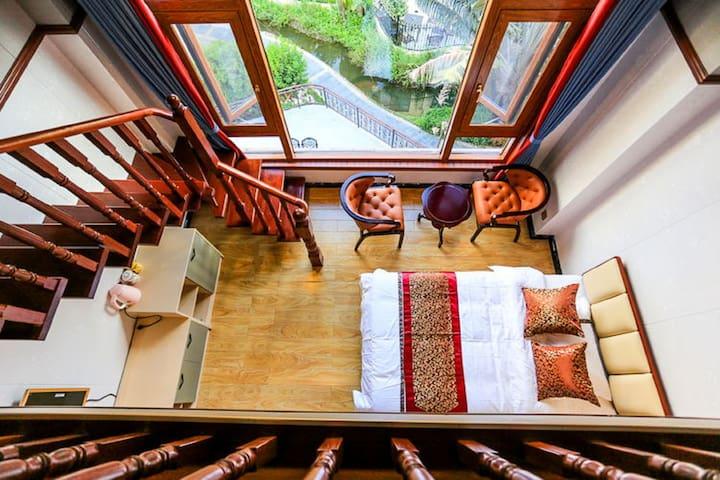 【红木之家】银滩名人花园别墅楼中楼家庭房