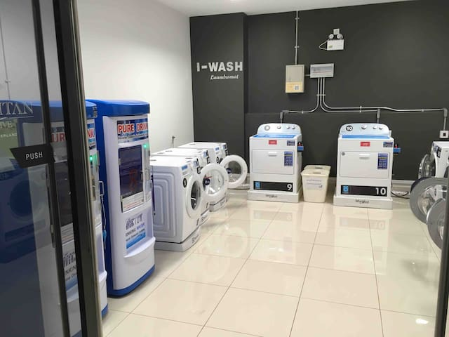 -Coin laundry open 24 hours (wash 8,10,13 kg for THB 30-50, dryer THB 50-80) -Drinking water machine is just THB 1 / litre