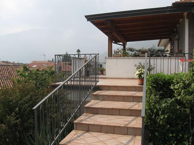 CASA GIULIA - Gardola - Flat