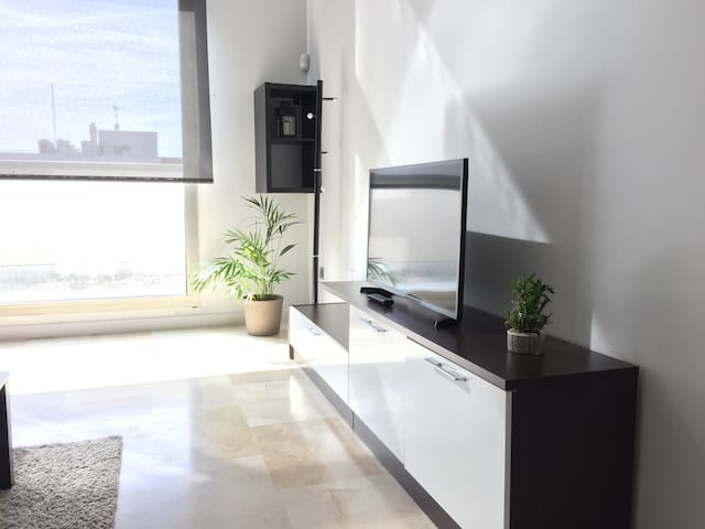 CH4! LOFTATIK0 + Parking + FibraÓptica - Madrid - Loft