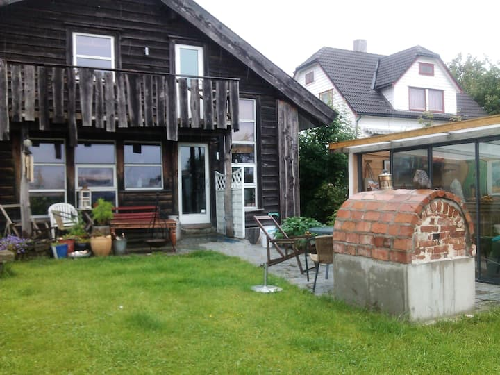 Studio apartment in Strawbale home by the sea
