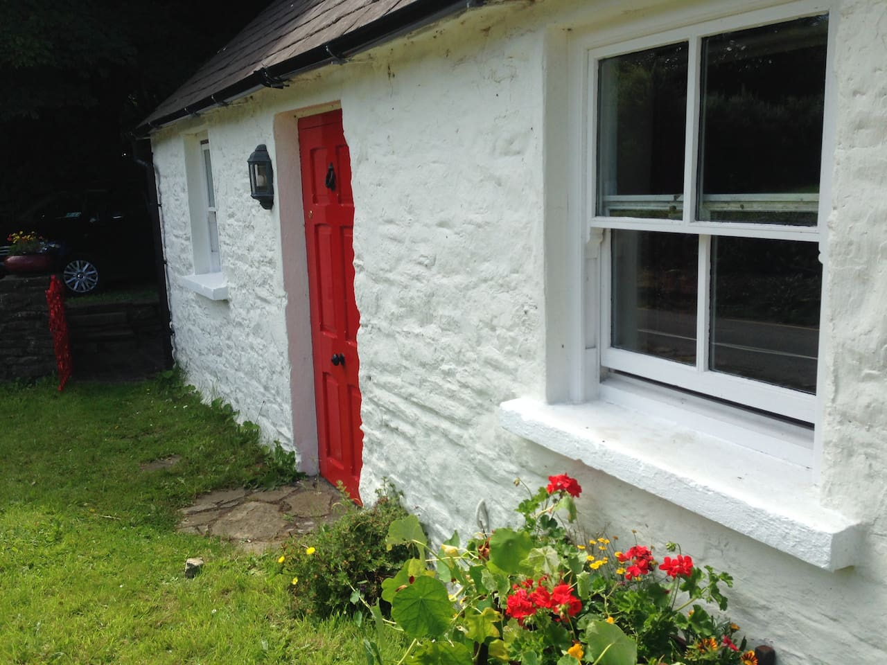 honeymoon stay england pin scotland cottages wales places ireland to cottage in