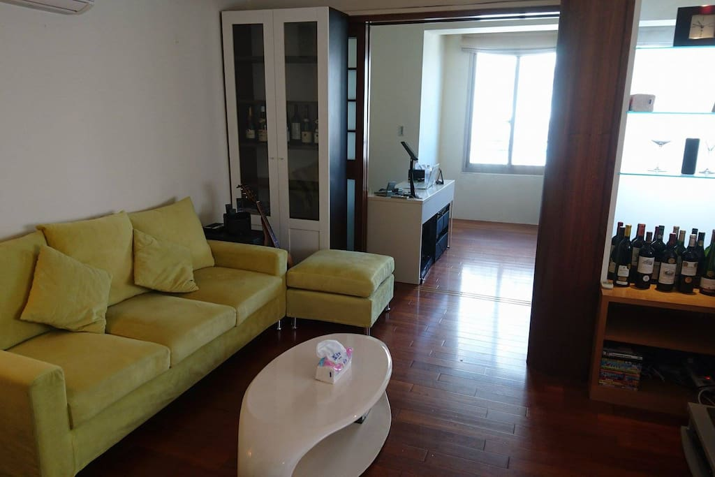 Walking distance to Taipei train station, subways, and high speed railway station.  Apartment is full of sunlight, on high floor level with open view of Taipei city.