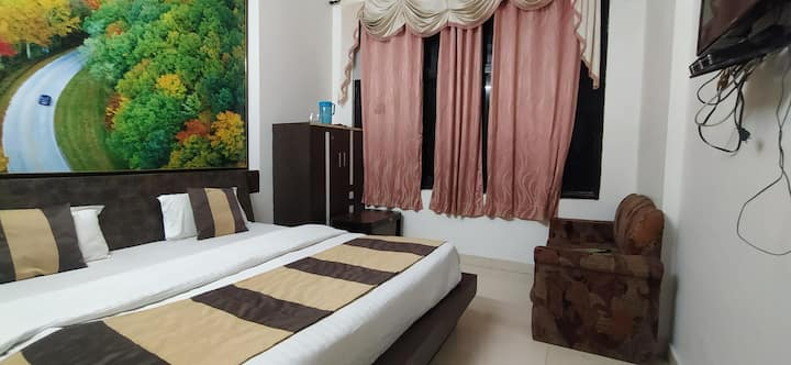 Deluxe Double Bed Room at Hotel Shri Radhey Radhey