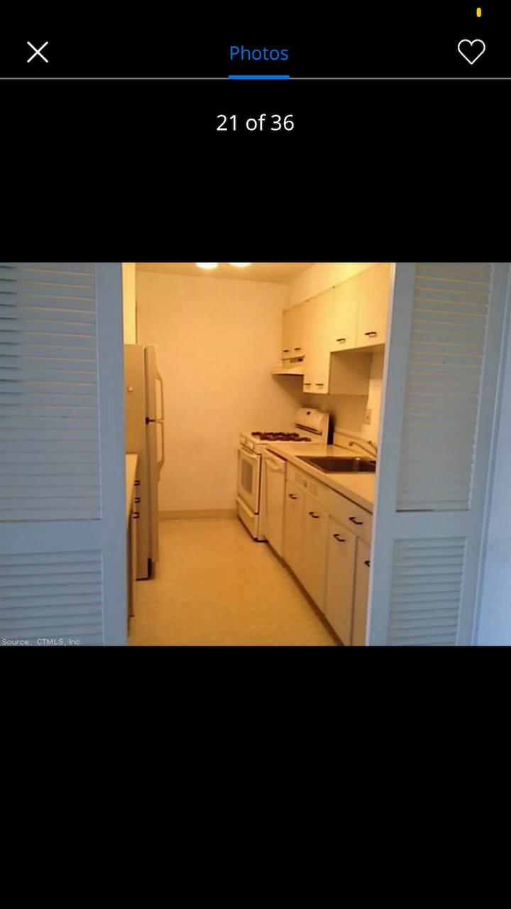 $950/mo ALL util included 1BR/ba high rise