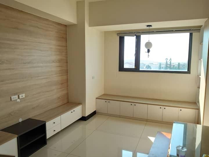 金門金城溫馨明亮簡潔可看到廈門的小公寓