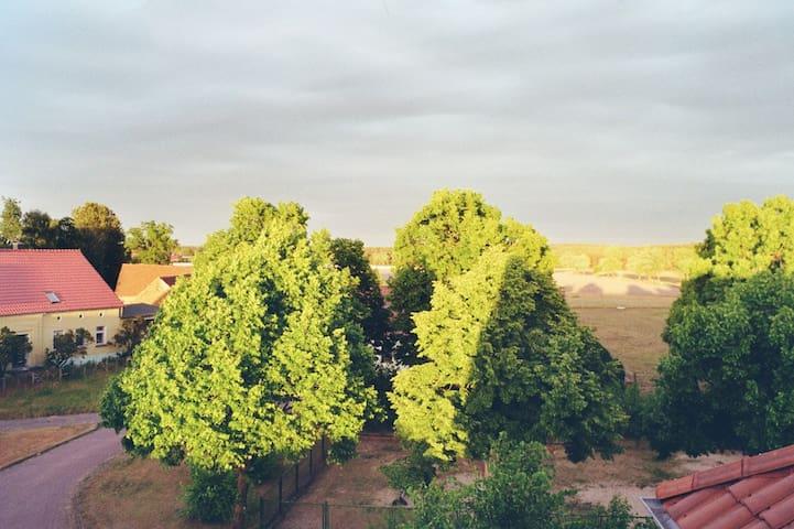 Große Wohnung 133qm–5 Zimmer–ländlich–Gemeinschaft - Beelitz